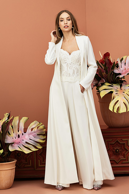 Wedding Party Dress Strict 2019 Black Sheath Maxi Bridesmaid Dresses Long Sleeves Boat Neck Split Sexy Women Formal Wedding Reception Dress Party Gowns Pure Whiteness