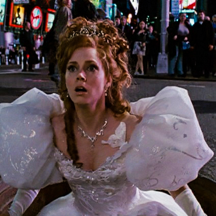 Amy Adams wears a Tiara in the Movie Enchanted