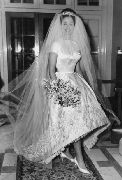 Jackie Collins in 1960 on her wedding day